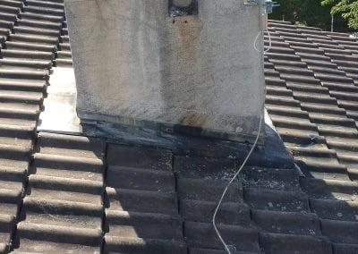 Cerclage cheminée mat antenne