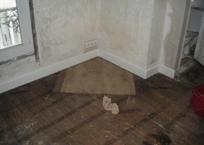 installation semi-encastrée sous plinthe électrique